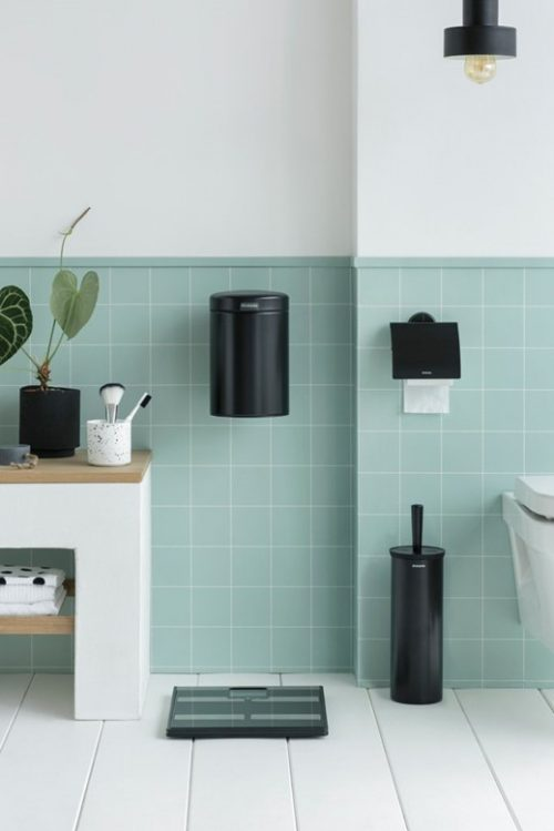 matching accessories can improve your bathroom look