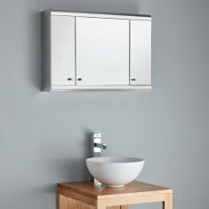 This medium sized Biscay Triple Door Bathroom Mirrored Wall Cabinet is just 650mm wide
