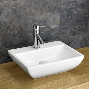 Massa Rectangular Basin